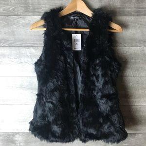 New Say What black faux fur vest jacket